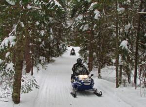 minnesota snowmobile trip, snowmobile resort, minnesota snowmobiling; grand rapids snowmobiling