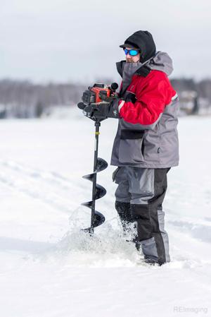 minnesota ice fishing, bass lake ice fishing, ice fishing in grand rapids, best minnesota ice fishing