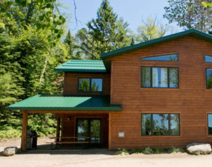 3 bedroom cabin | cabin or lodge vacation | Grand Rapids lodge
